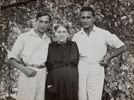 Self-Portrait with Jeno and Mother Ernesztin, Szigetbecse