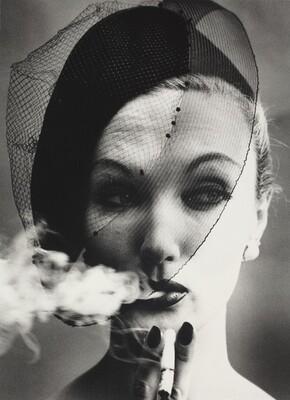 Smoke + Veil, Paris
