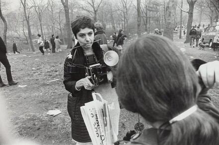 Diane Arbus, Love-In, Central Park, New York City