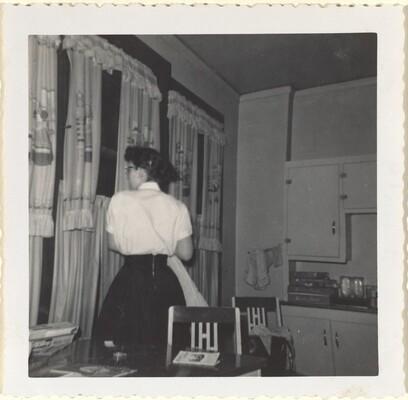 Flo, Xmas '56