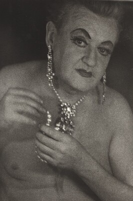 Female Impersonator with Jewels, NYC