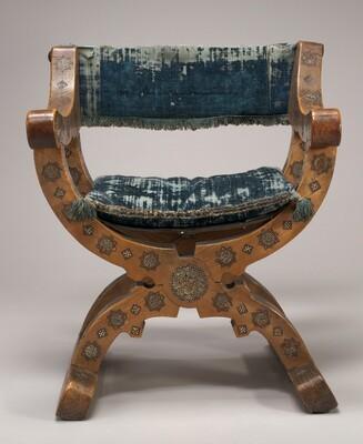 Walnut Dantesca Chair with Inlay Work