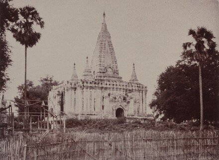 Thayet Myo: Pagoda on the South of Cantonment