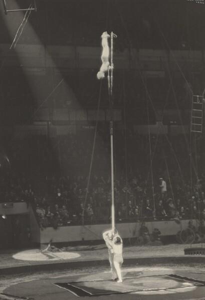 Circus Balancing Act, New York