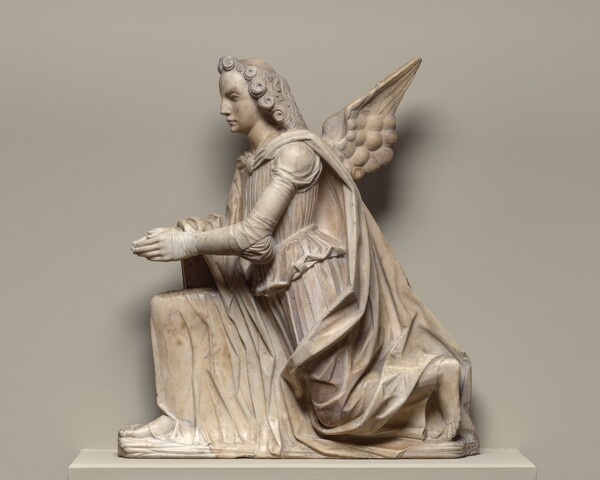 Kneeling Angel