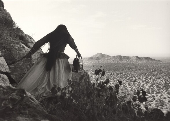 Mujer angel, Desierto de Sonora, México (Angel woman, Sonora Desert, Mexico)
