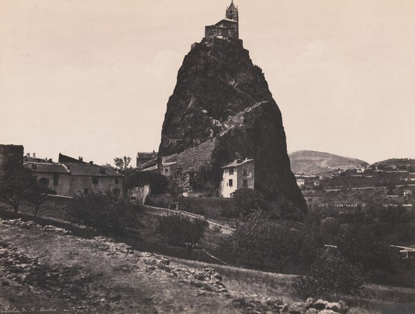 Rocher de St. Michel au Le Puy (Rock of St. Michel near Le Puy)
