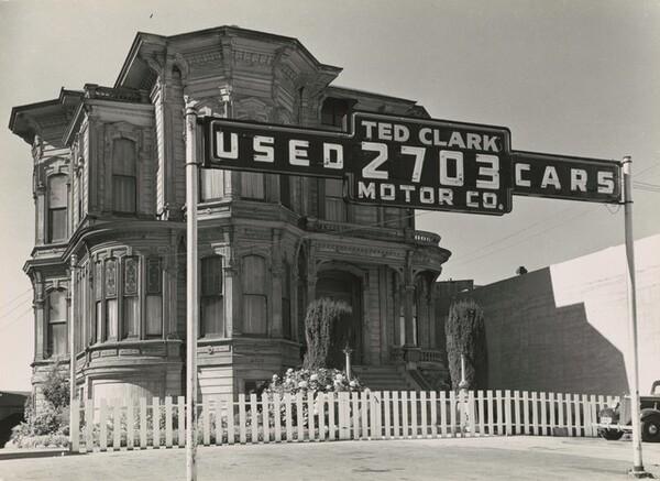 City in transition, Oakland, California