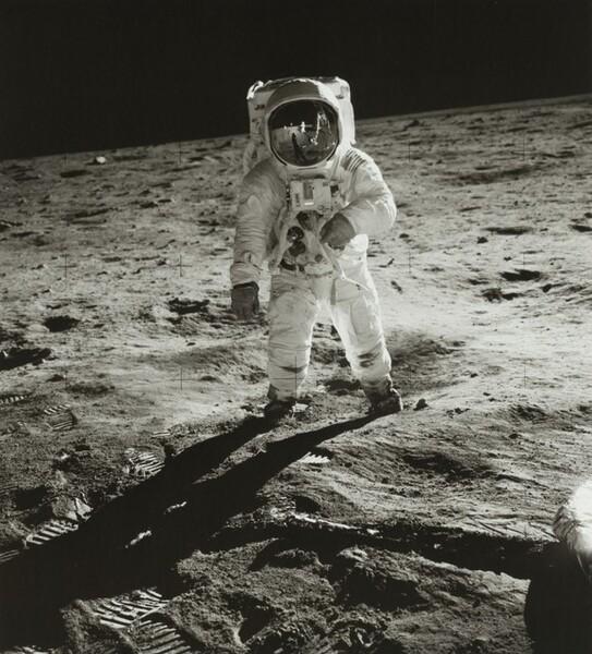Buzz Aldrin, Reflections of a Moon-Walk