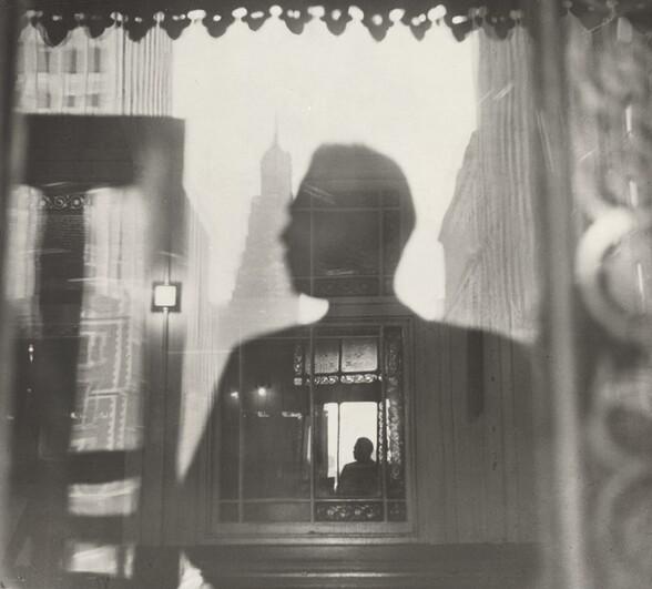 Third Avenue El, Looking toward Tudor City, New York City