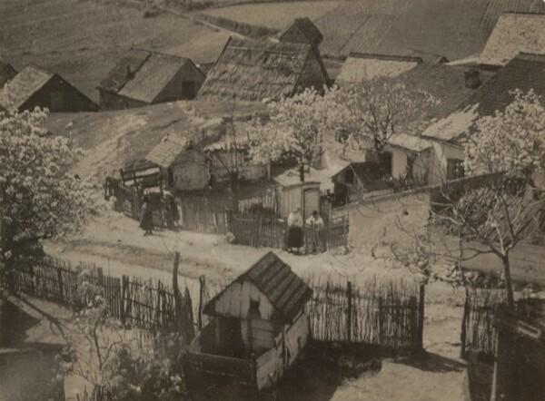 Village (Budafolk?)