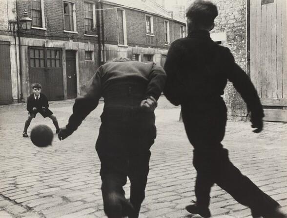 Street Football, Addison Place W11