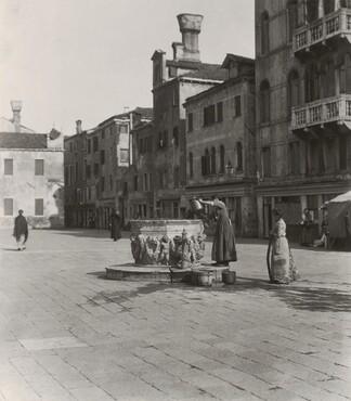 image: A Venetian Well