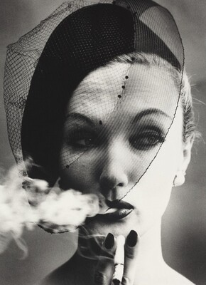 Smoke + Veil, Paris