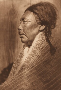 Koskimo Woman [Plate 354]