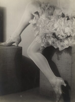 Legs and crinoline