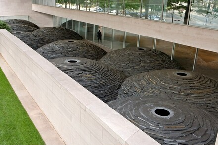 Andy Goldsworthy, Roof, 2004-2005
