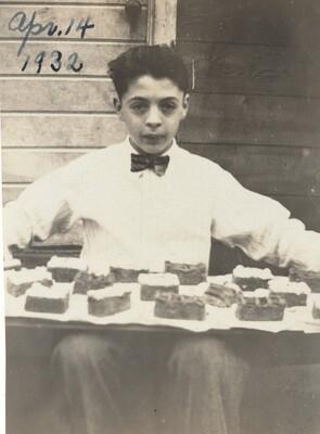 Apr. 14 1932
