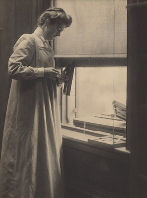 Hermine Turner in the Käsebier Studio