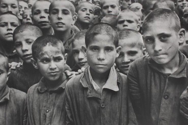 David Seymour (Chim), Albergo dei Poveri, Naples, 1949