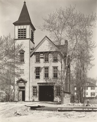 Firehouse 52: Spuyten Duyvil, Riverdale Avenue at 245th Street, Bronx