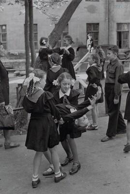 Schoolchildren, Moscow, Russia
