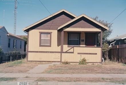 Real Estate #906515