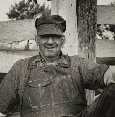 Lancaster County, Pennsylvania. H.P. Reeser, Pennsylvania highway maintenance crew member, resting along the Old King's Highway near Lancaster