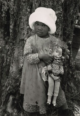 Child and Doll, North Carolina