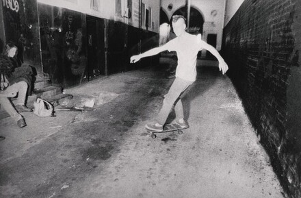 Skateboarding, Oasis Alley, Hollywood