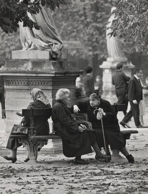 Two Friends in the Luxembourg Garden