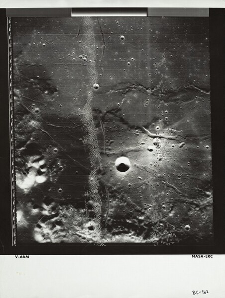 Lunar Orbiter, Medium Resolution, LOV M-066 LRC