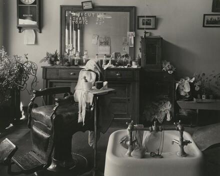 Cahow's Barber Shop, Chapman, Nebraska