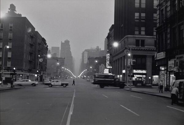 6am, 6th Avenue & 23rd Street, New York