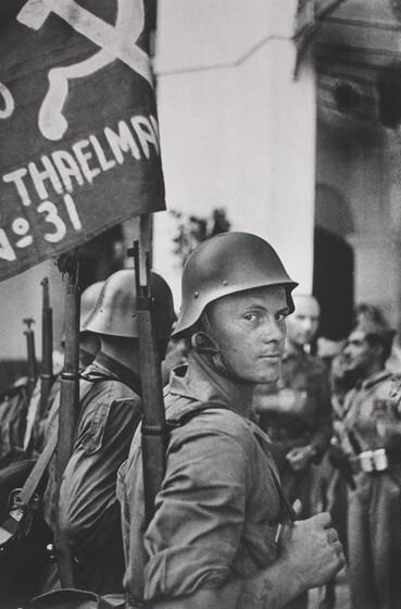 David Seymour (Chim), The Ernst Thaelmann Brigade, 1936, printed 1982