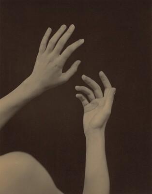 Georgia O'Keeffe—Hands