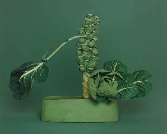 NÕ-no Ikebana, arranged by Haruko Takeichi, December 1, 2002 (December 2-3)