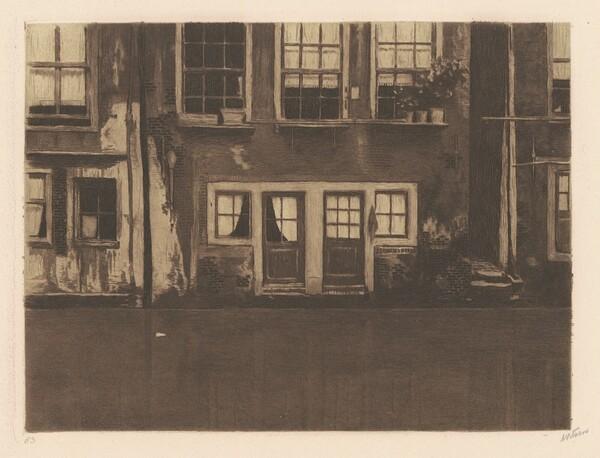 Oudezijds Achterburgwal, twee deuren in het midden [The Oudezijds Achterburgwal, with Two Doors in the Middle]