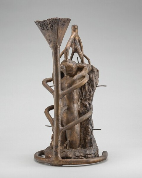 Lost-Wax Casting Display: bronze with conduits [ninth of ten steps]