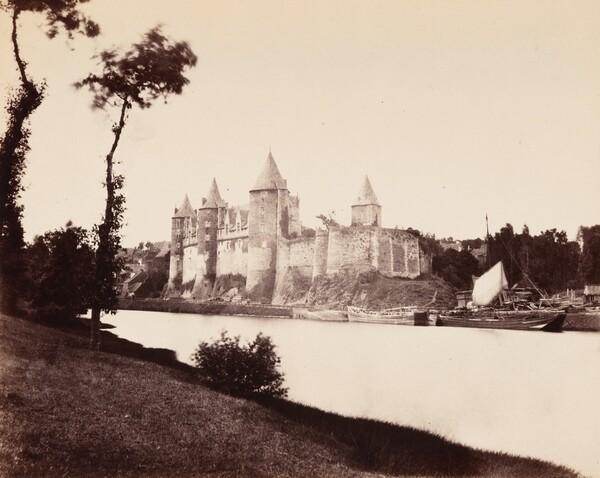 Chateau de Josselin, Burgundy