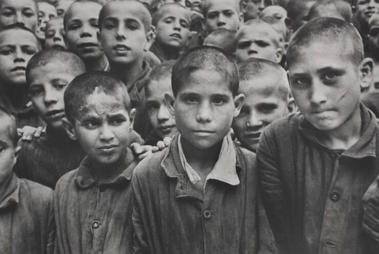 David Seymour (Chim), Albergo dei Poveri, Naples, 1949, printed 1982