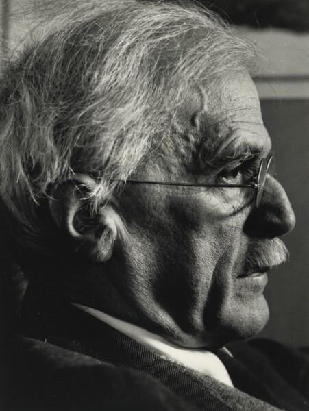Alfred Stieglitz XII, New York