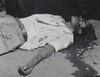 Obrero en huelga, asesinado (Striking worker, assassinated)