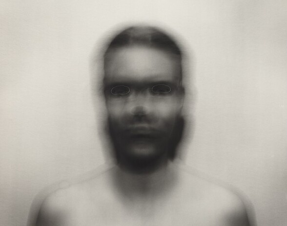 Self-Portrait: Horizontal elliptical motion, small