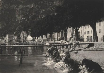 Washerwomen at Riva del Garda