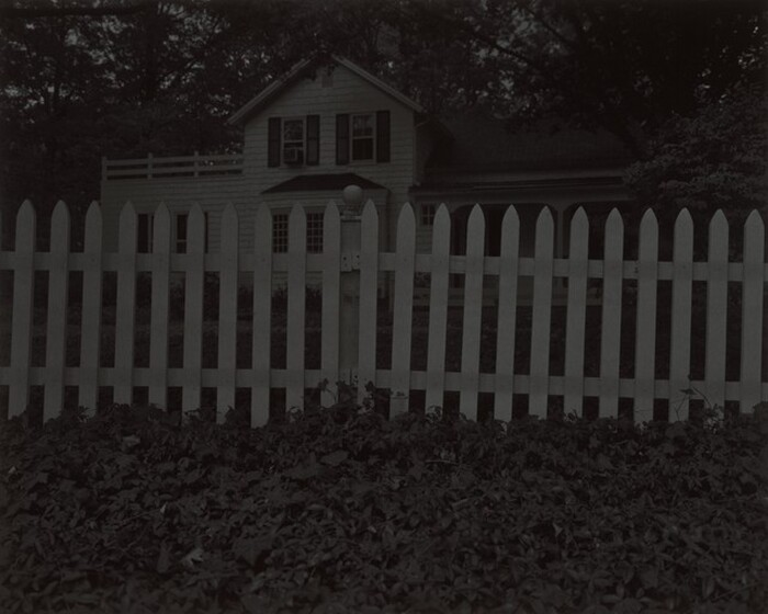 Dawoud Bey, Untitled #1 (Picket Fence and Farmhouse), 2017