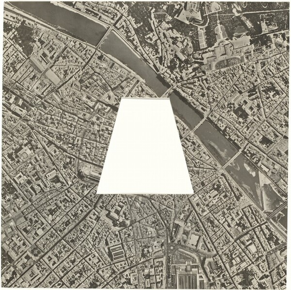 A Square of Florence without a Trapezoid