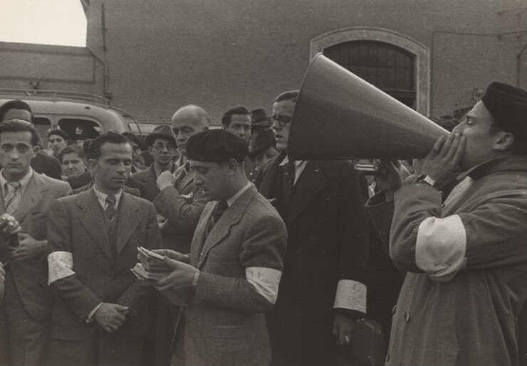 David Seymour (Chim), Spanish Refugees Preparing to Board S.S. Sinaia, 1939