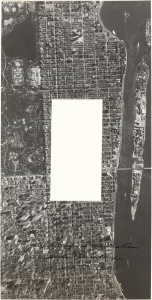 A Rectangle of Manhattan without a Rectangle