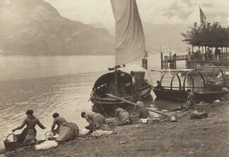 image: Washerwomen at Lake Como